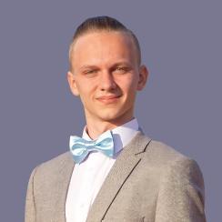 Валентин Олейник